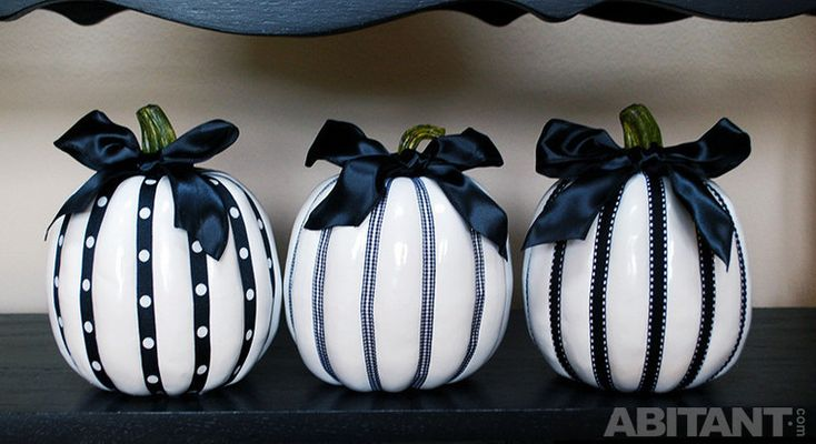 Хеллоуин-декор. Новая элегантность. Экзальтированные черно-белые стилизации в духе декаданса.