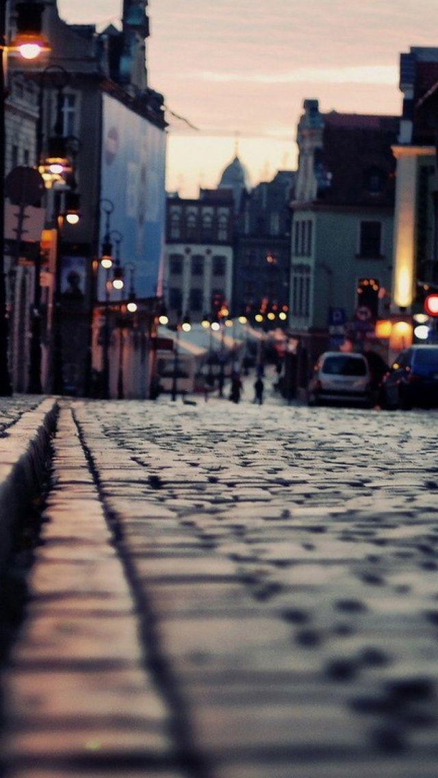 London Sidewalk #iPhone 5 #Wallpaper