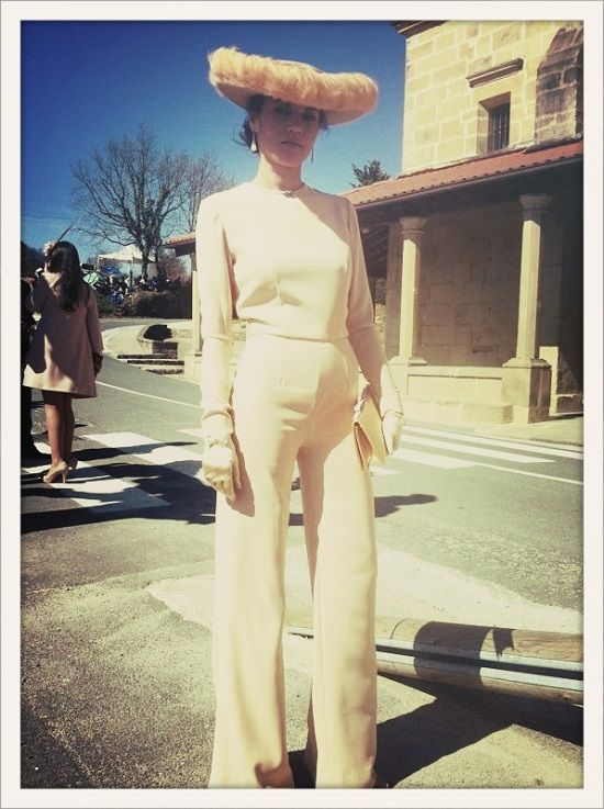 Creamy jumpsuit for a wedding guest. Time for Fashion » Style tips for autumn/winter wedding guests