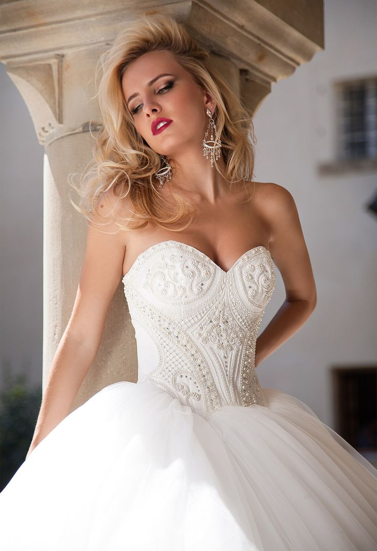 Fashion Shooting. Wedding Collection 2016 / OKSANA MUKHA