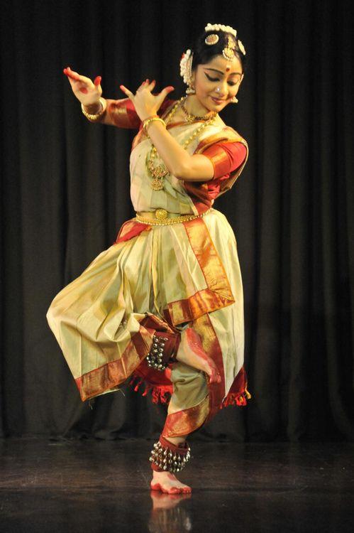 yeh-hai-meri-kahaani:  Bharatanatyam