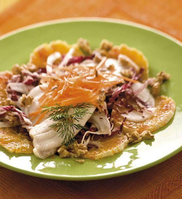 Insalata tiepida di persico con radicchio, arance e noci Ricetta di Magiche Gemme Club Foto di Laila Pozzo