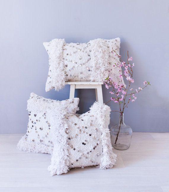 les 25 meilleures id es de la cat gorie couverture de mariage marocaine sur pinterest chambre. Black Bedroom Furniture Sets. Home Design Ideas
