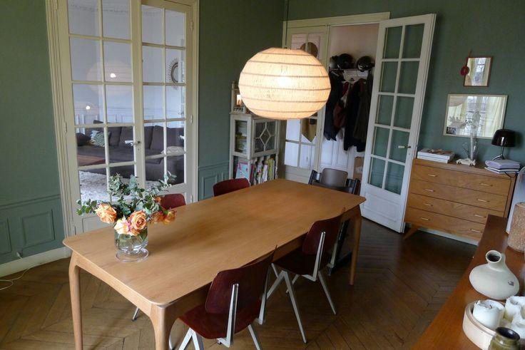 Table de repas Red Edition chez Violaine #meubledesign #meublevintage
