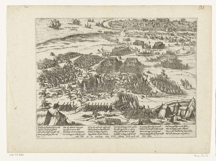 Frans Hogenberg | Verijdelde aanslag van de koning op La Rochelle, 1573, Frans Hogenberg, 1573 - 1575 | Verijdelde aanslag van de troepen van de koning op de stad La Rochelle, in de nacht van 16 maart 1573. Gezicht op het slagveld, in de verte de stad la Rochelle. Met onderschrift van 24 regels in het Duits. Genummerd: 34. Blad afkomstig uit een album dat uit elkaar is gehaald. Rechtsboven genummerd (in pen): 85.
