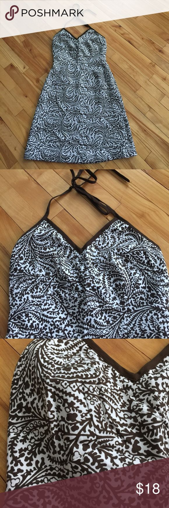 Ann Taylor brown/white print halter dress, new, 0P Ann Taylor brown and white print midi halter. Inverted V empire waistline with double upward breast darts. Lined in solid white silky fabric. Back center invisible zipper. New, no tags. Size 0P. Nonsmoking home. Ann Taylor Dresses Midi