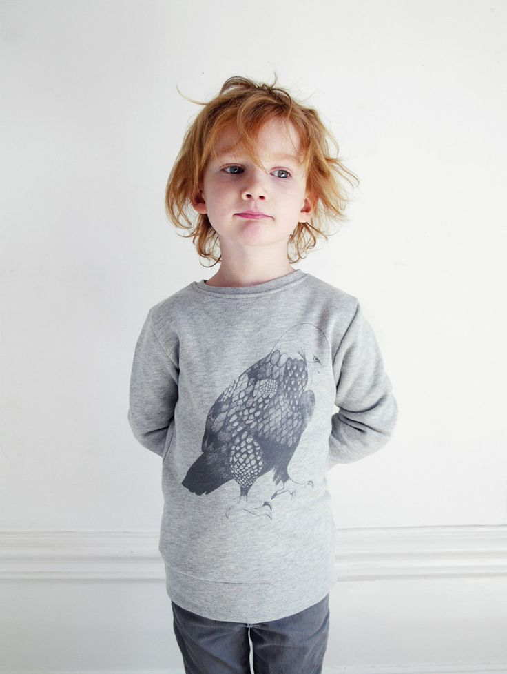 EAGLE by Breeze & Söderberg – One We Like. Cool sweat in grey melange. Available on www.onewelike.com