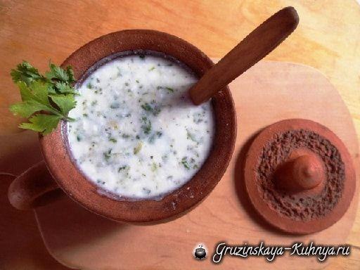 Холодный суп из мацони с зеленью (2)