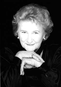 Antonine Maillet ( 1929- ), romancière et dramaturge acadienne née à Bouctouche, au Nouveau-Brunswick. Photo : © Johanne MERCIER 1997