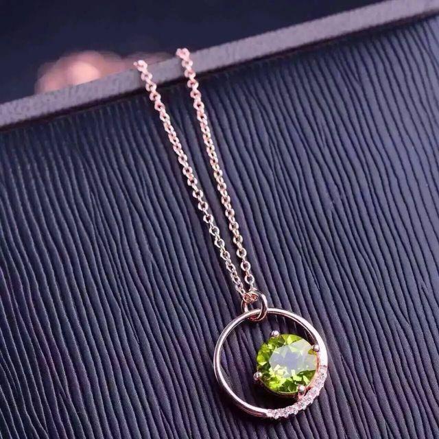 Natürliche grüne peridot stein Halskette natürlichen olivin Anhänger Halskette S925 silber frauen Kind Mode Elegant runde Schmuck