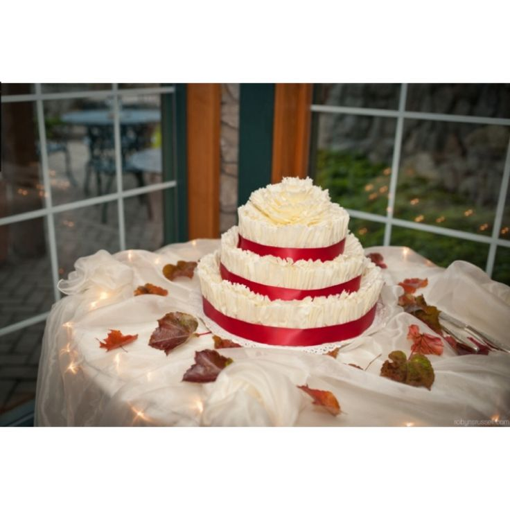 wedding cakes niagara 107 best images about weddings at hernders on 25094