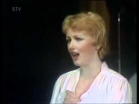 Marika Gombitova - Prstienky z trávy