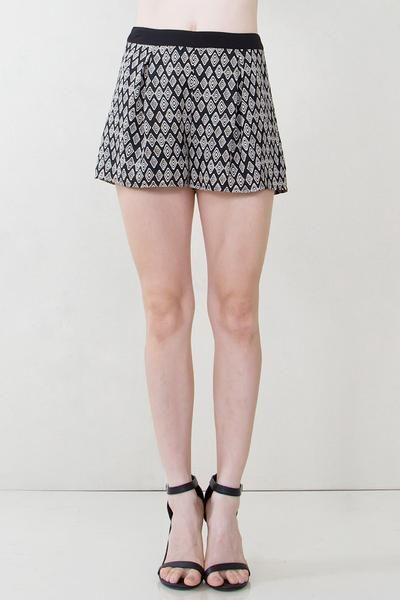 RUNAWAY SHORTS - The Shop For Her