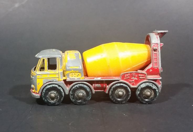 1968 Lesney Products Matchbox Series Foden Concrete Truck No. 21 - Made in England https://treasurevalleyantiques.com/products/1968-lesney-products-foden-concrete-truck-no-21-made-in-england #Vintage #1960s #60s #Sixties #Lesney #Products #Foden #Concrete #Trucks #England #Toys #Diecast #Cars #Vehicles #Construction #Automotive #Autos #Collectibles #Matchbox
