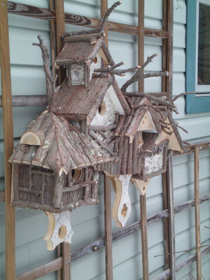 Birdhouses, ADORABLE ! Want them now !!! the back of my house is just like this only green, they would look GREAT !