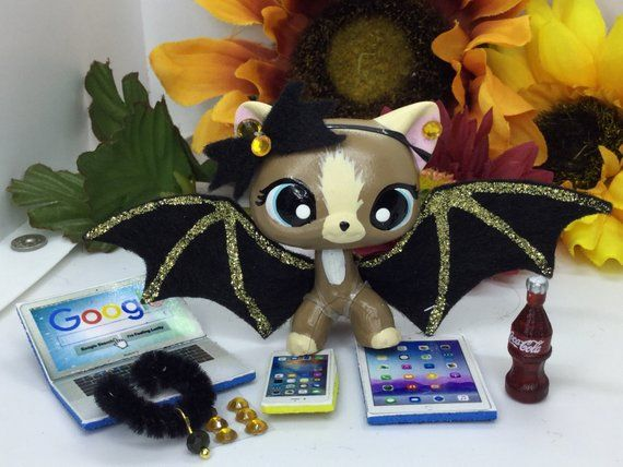 Littlest Pet Shop  GALAXY Wings /& Accessories LPS PET NOT INCLUDED Nice