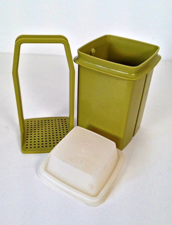 mom remember this pickle saver----------vintage Tupperware PickADeli pickle keeper by forrestinavintage, $12.00