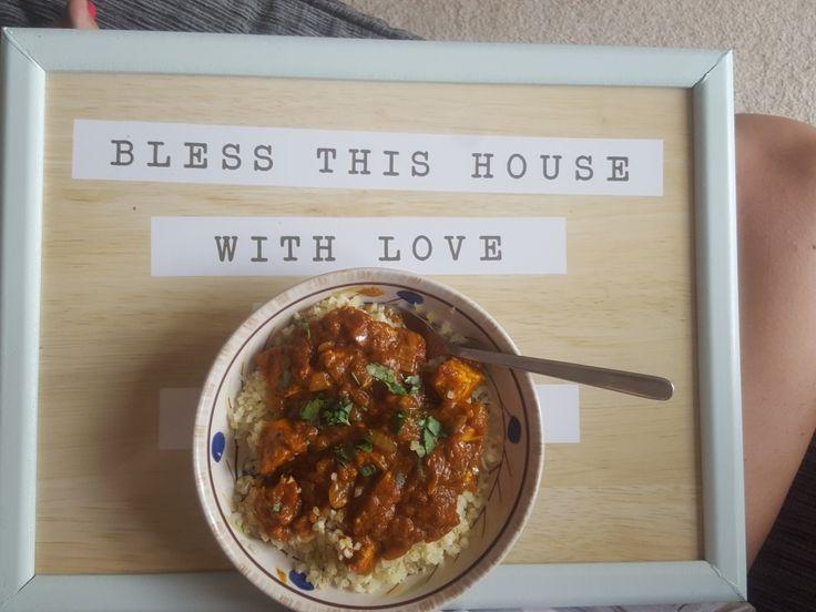 Simple chicken balti with cauliflower rice 😍  #foodporn #curry #balti #cauliflowerrice #ukblog