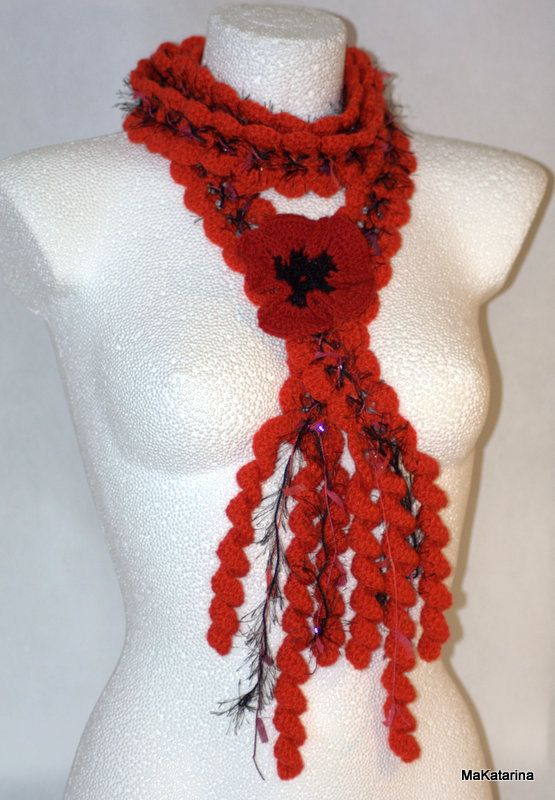 Queen Ann Lariat red with poppy red crochet brooch by MaKatarina