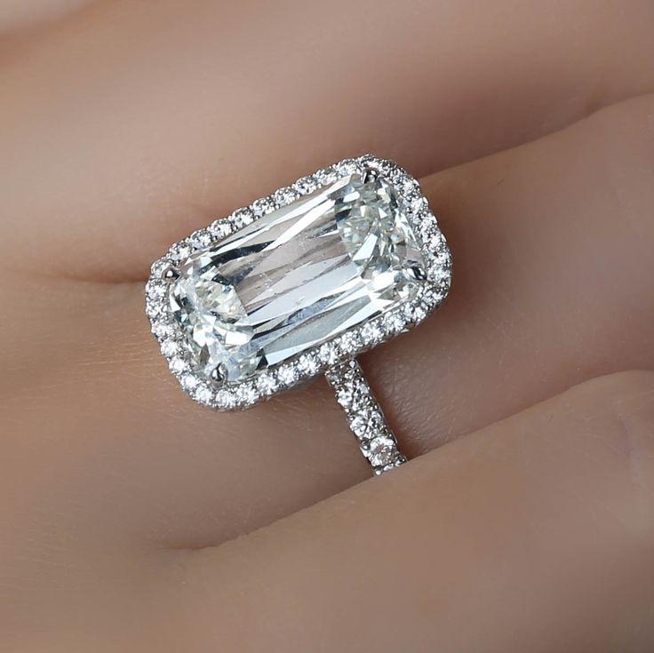 ASHOKA® Diamond Jamie Ring by William Goldberg