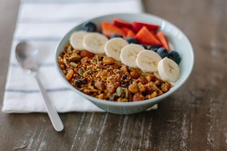 Завтрак - это самый важный прием пищи в течении дня, а тем более для ребенка. Предлагаем вам пять вариантов разнообразных завтраков для ваших детишек