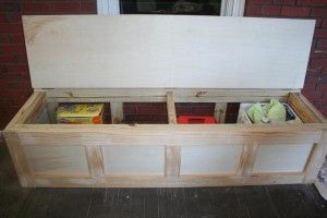 "DIY storage bench. I want to make built in benches like this in an ""L"" shape around my kitchen table. This is especially fantastic for small places (AKA: no storage) like mine!!"