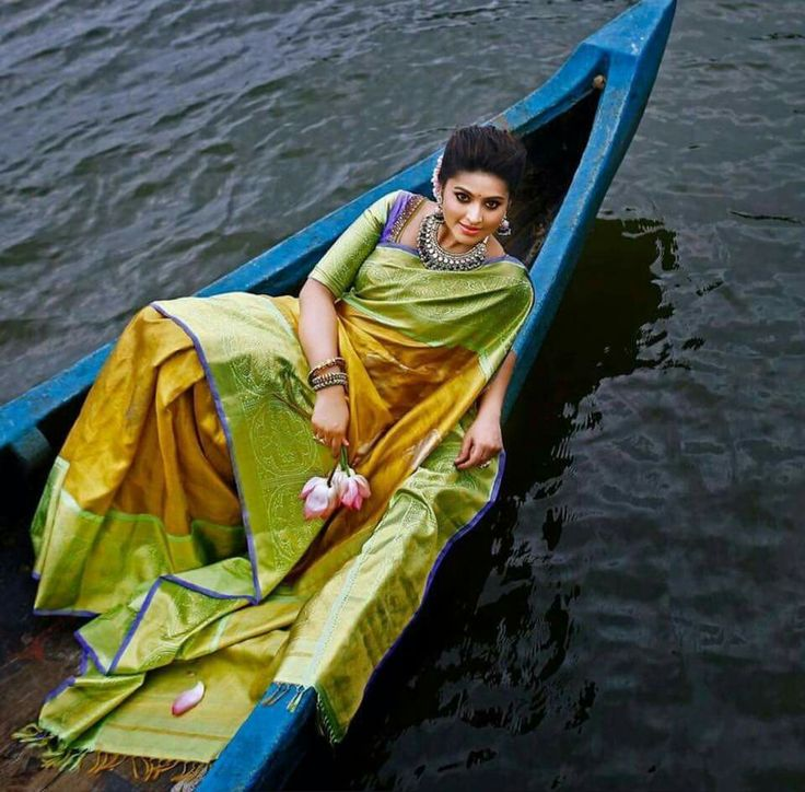 Pin By Neetu Gagan Gauba On Mehndi: Pin By Deepa Srinivasan On Sarees And Blouses