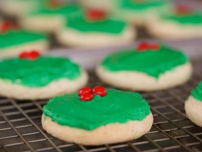 "Christmas Cake Cookies (Christmas Goodies) - ""The Pioneer Woman"", Ree Drummond on the Food Network."