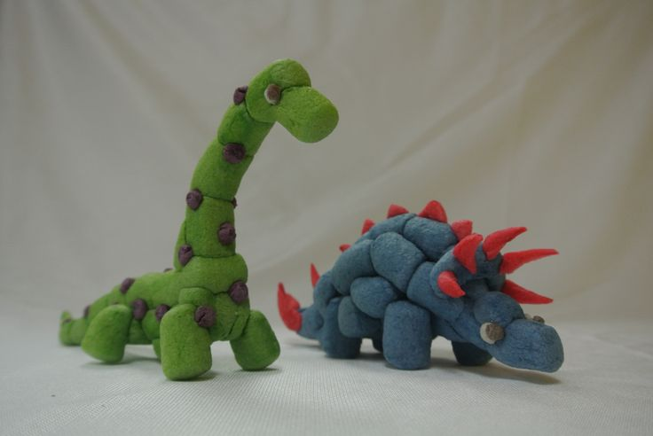 Who doesn't love dinosaurs?  Build your very own dinosaurs with Magic Nuudles!  Pick them up at http://www.magicnuudles.com