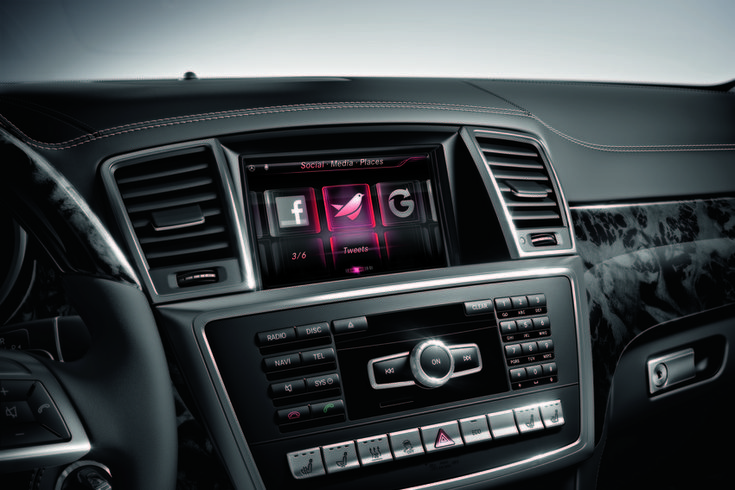 Mercedes Drive Kit Plus for iPhone installed