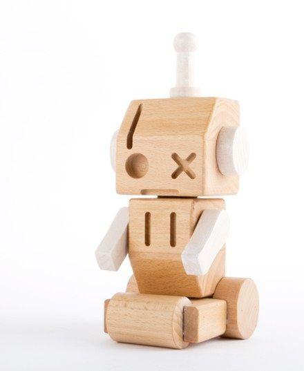 wooden robots by Luca Binaglia