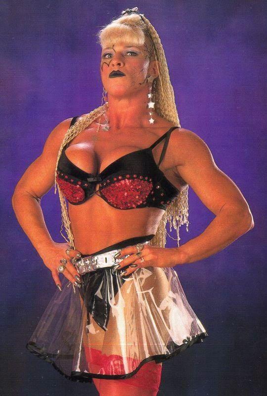 Luna Vachon - Women Wrestling
