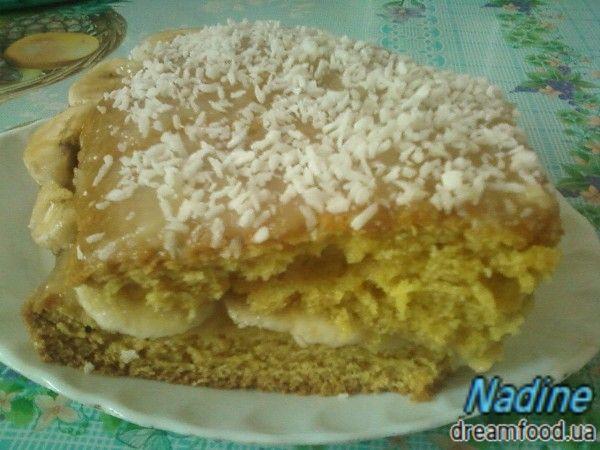Легкий м'ятно-банановий тортик