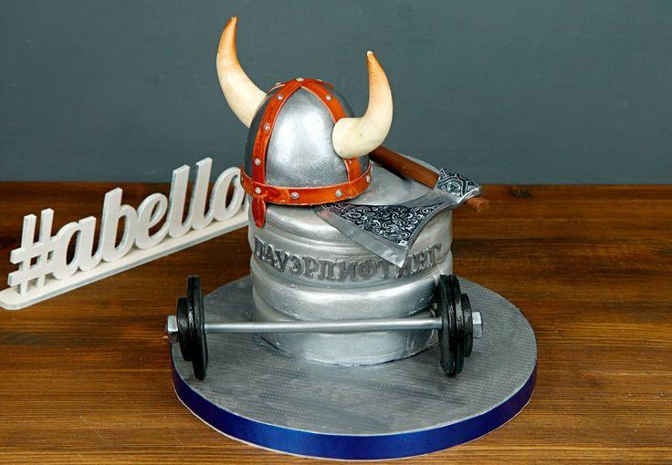 """Торт """"Пауэрлифтинг""""  Чтобы быть любителем пауэрлифтинга, не обязательно быть профессиональным спортсменом💪 Можно заниматься в любительском клубе. И любой из этих людей счастлив будет получить в подарок торт в подобном стиле. Ведь это не только вкусно, но и оригинально, ярко, весело, а главное — такой торт отражает увлечения именинника🙏  Изготовление торт как на фото возможно от 3-х кг всего за 2350₽/кг.  _________________ Опытные специалисты @abello.ru рады помочь с выбором не забываемого…"""