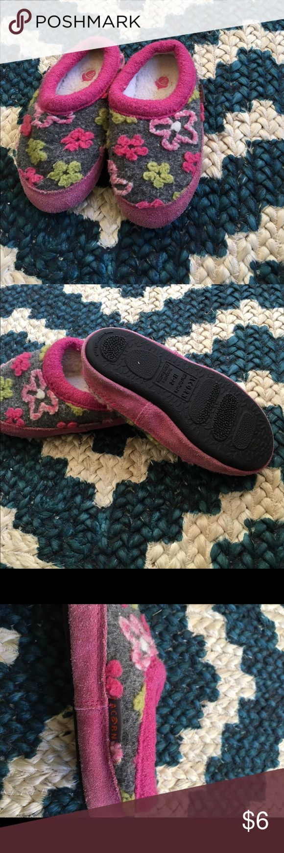 Acorn slippers Size 11-12. Good condition. Have been previously loved, but still in good condition Acorn Shoes Slippers