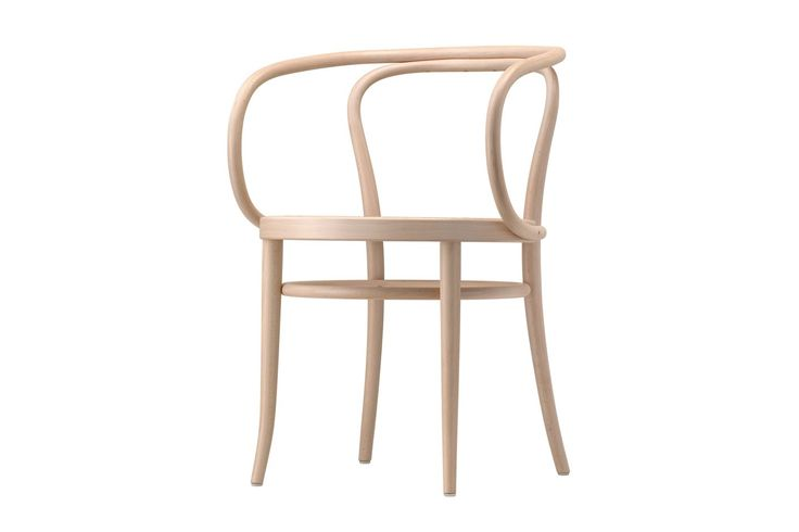 This elegant bentwood classic is a masterpiece - Thonet - Chairs, Armchairs, Sofas, Classics, Tables, designer furniture