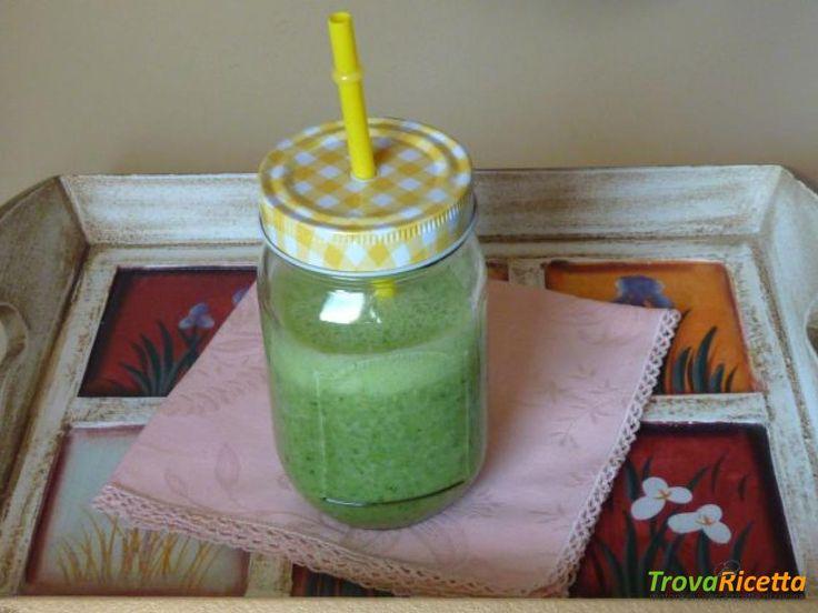 Frullato verde detox  #ricette #food #recipes