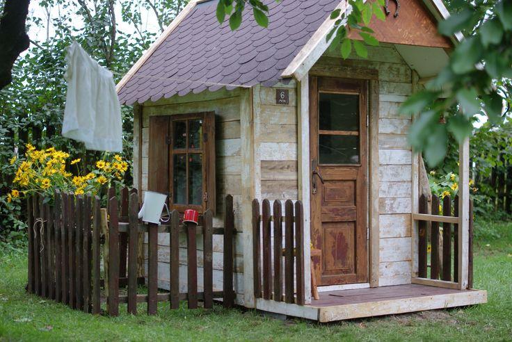 Little House/domek w ogrodzie,
