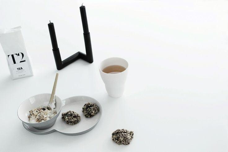 Black Pipeline candlestick at breakfast table •