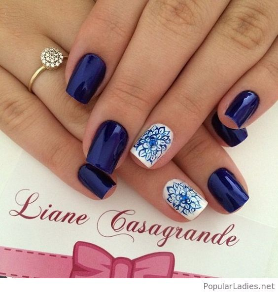 Nail art, blues - Dark blue metallic nail art design with floral details on  top. White nail polish is used as base to contrast the dark blue flower  details. - Best 25+ Blue And White Nails Ideas On Pinterest Sparkly Nails