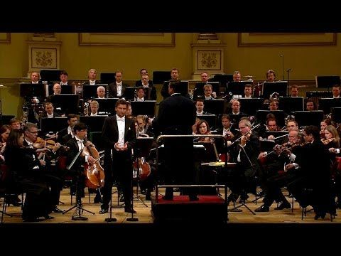Wagner Birthday Gala - Jonas Kaufmann, Christian Thielemann, Staatskapel... (director digno hereero de karajan)