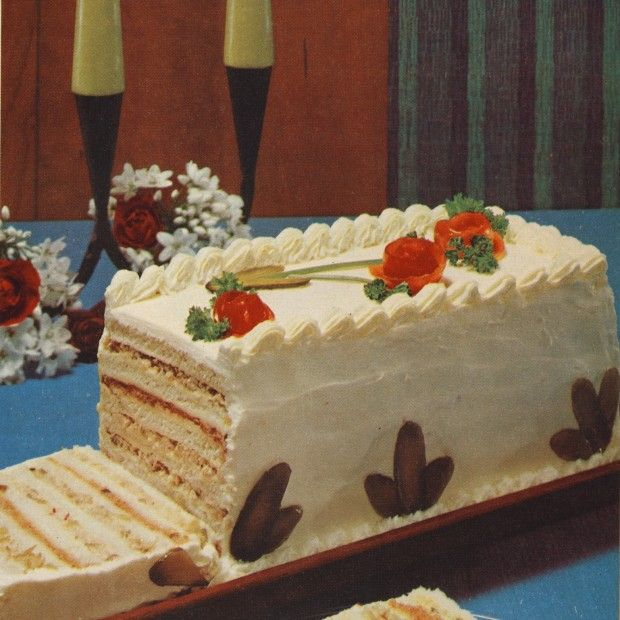 Recreating the Seven-Layer Sandwich Cake from Bon Appétit 1969  photo