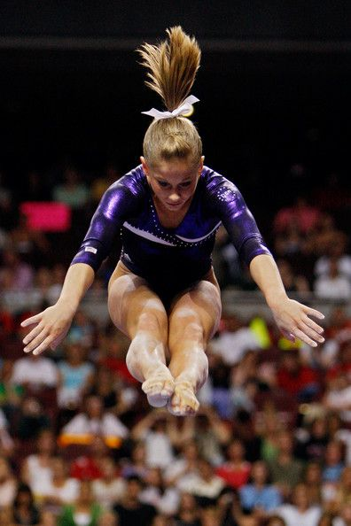 Shawn Johnson on beam at the 2008 U.S. Olympic Team Trials