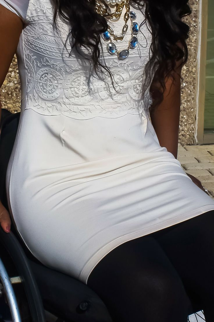 The Do It Yourself Lady: Wheelchair Fashion: Little White Dress?