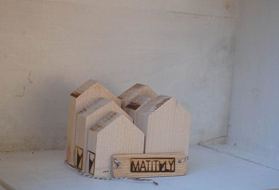 solid wood village made with small toy houses di MATITALYWOODSHOP
