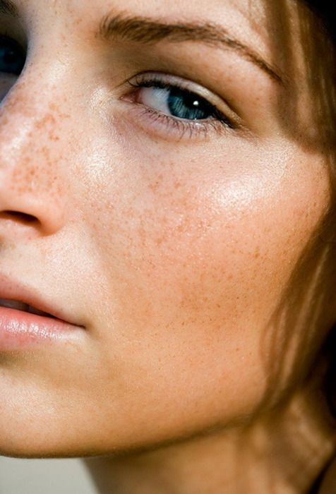 Why You Need to Wear Foundation, Not Just Concealer / Beauty Editor