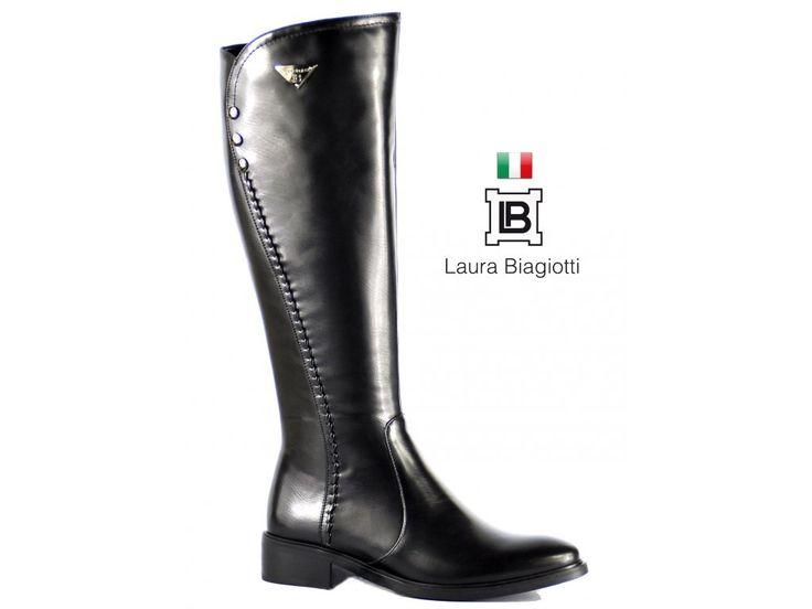 PODZIMNĚ-ZIMNÍ KOZAČKY LAURA BIAGIOTTI S OZDOBNÝM ŠVEM NA VNĚJŠÍ STRANĚ Elegantní černé kozačky s ozdobným švem na vnější straně. #podzimnikozacky #zimnikozacky #laurabiagiotti #italskamoda #damskaobuv