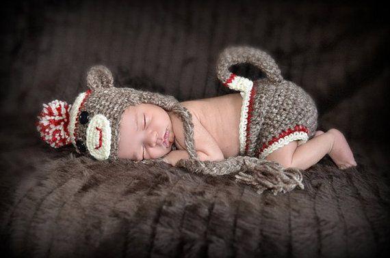 so cute!Sock Monkeys, Newborns Photos, Baby Costumes, Baby Boys, Socks Monkeys, Diapers Covers, Baby Hats, Monkeys Baby, Photography Props