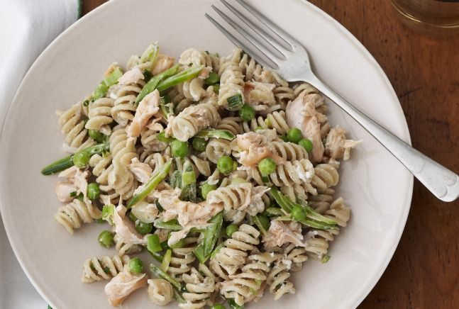 Salmon and Pea Rotini: Yummy Recipes, Chee Sauces, 0Ne Bowls, Bowls Pasta, Pasta Dinners, Summer Pasta Recipes, Summer Pasta Salad, Favorite Recipes, Food Drinks