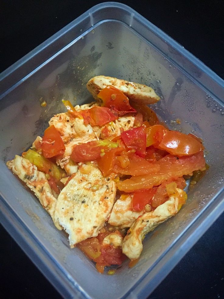 Phase 2 of hcg diet- Day 1. 100g breast chicken sautéed in 1cup tomatoes (2 small sizes) with pepper, salt and oregano. *no oil